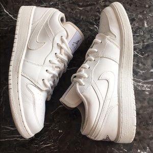 Nikes Jordan's 23